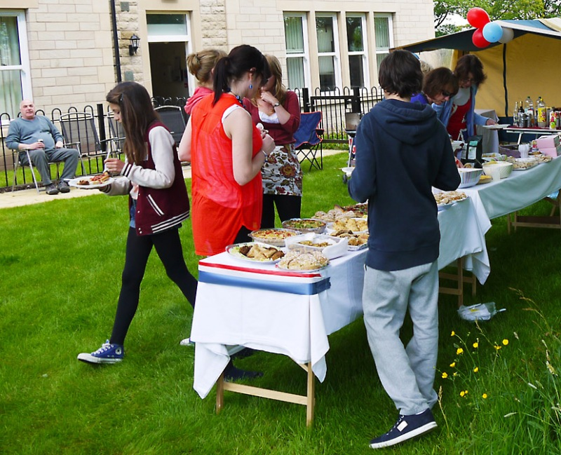 Menston Hall Jubilee 'Big Lunch' 11